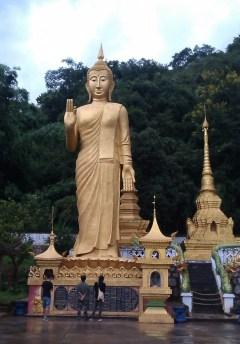 1 Im Menglianer Tempel