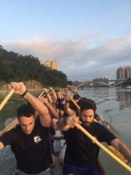 Beim Training auf dem Xindian-Fluss