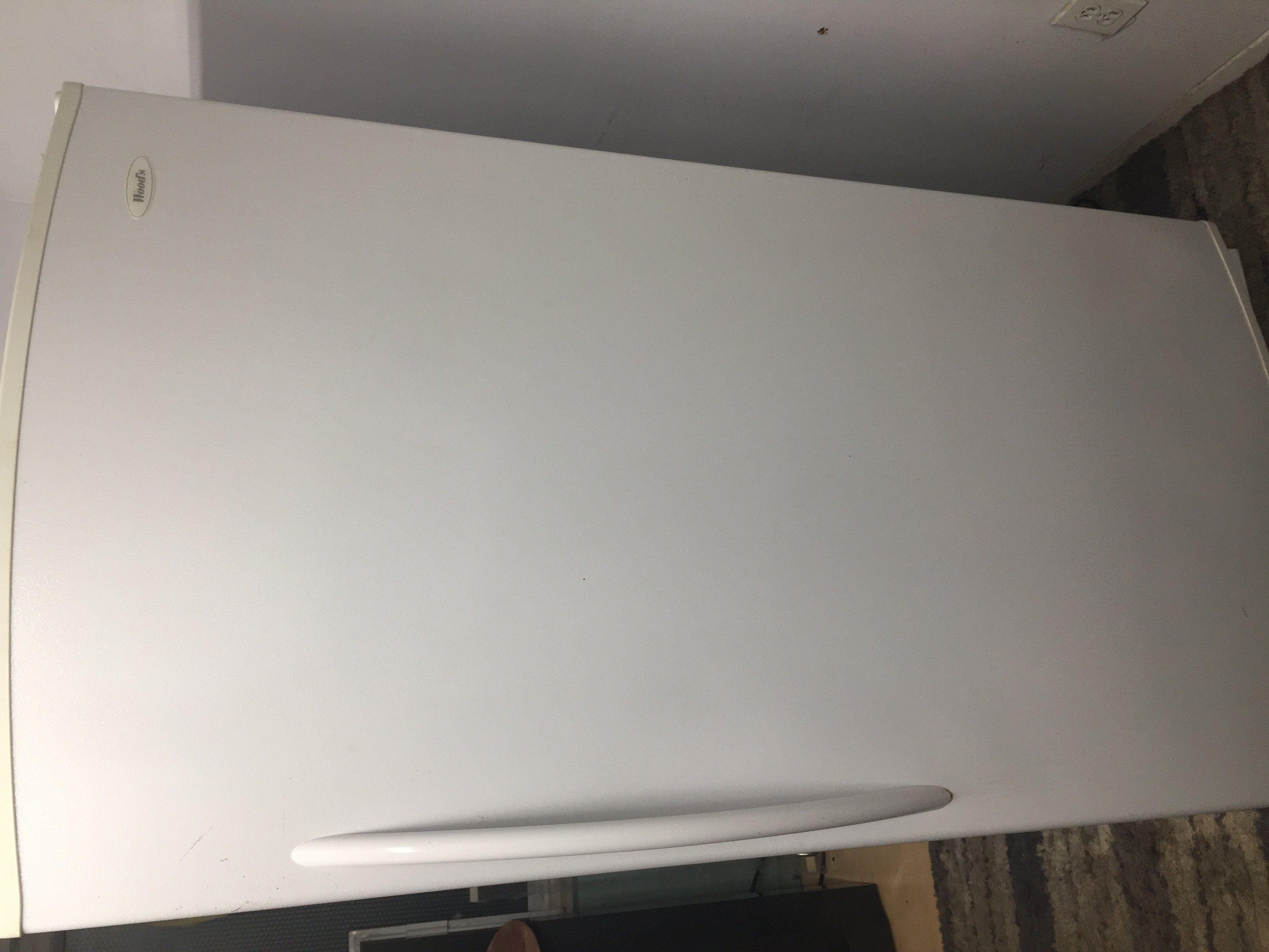 kitchen upgrade small tables ikea 厨房升级 底价处理使用的炉头 雪柜 居家日用 蒙城华人网 309581671673325020 jpg