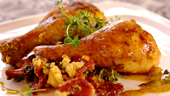 Festive-Chicken-in-a-Bag-with-Spinach-and-Feta_30_1.1.811_326X580