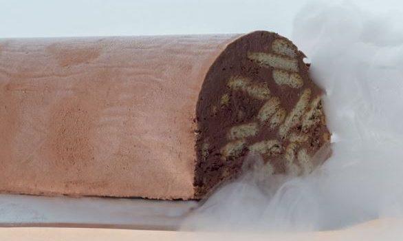 Παγωμένος κορμός σοκολάτας