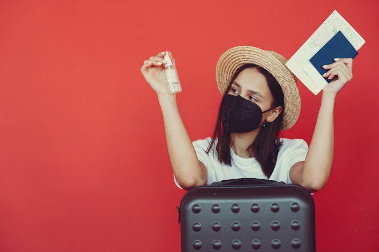 Tunda Traveling Dulu Yuk, Ini 11 Cara Mencegah Virus Corona