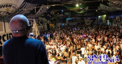 Fundo de Quintal foi atração dos 49 anos da Torcida Jovem do Santos