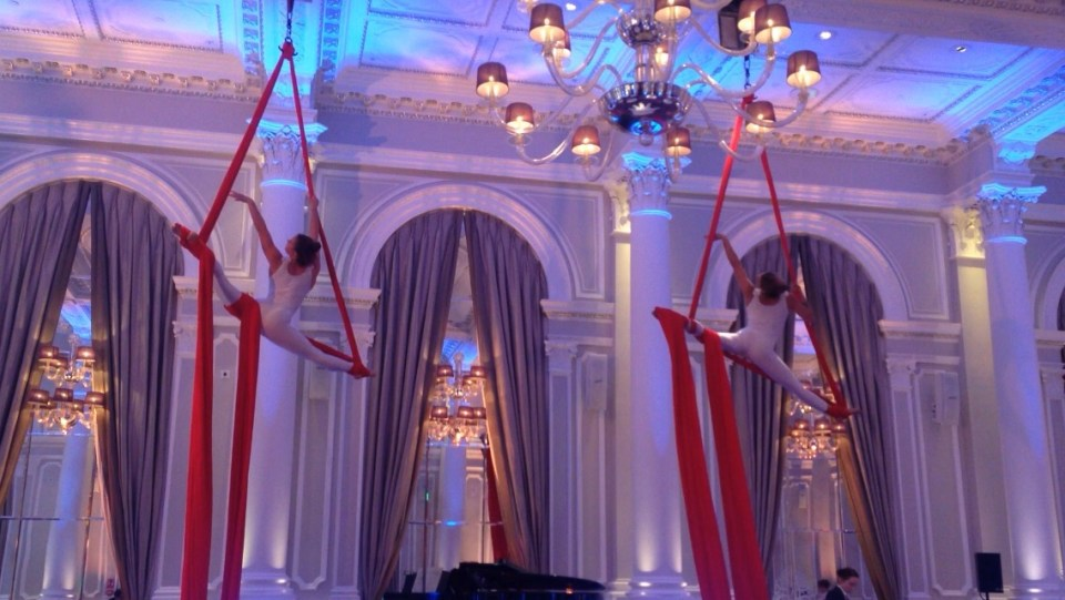 Duo Aerial Silks wedding performance, Corinthia London