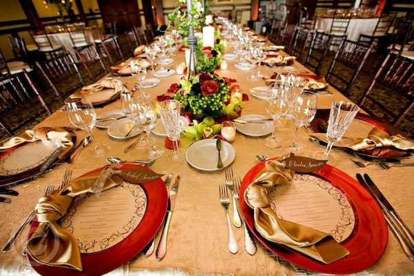 Plated Buffet Family Style Dinner Service For Your