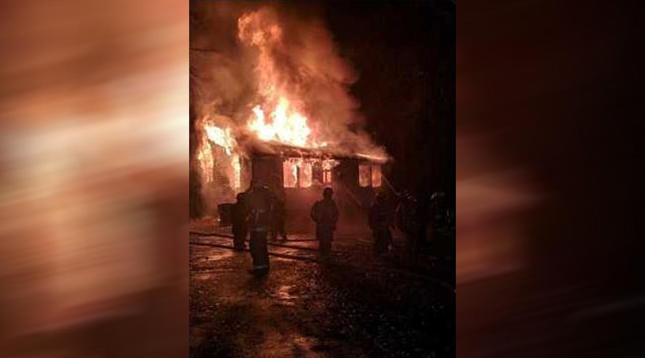 va house fire suffolk fire and rescue WAVY copy_1546562457162.jpg-873704001.jpg