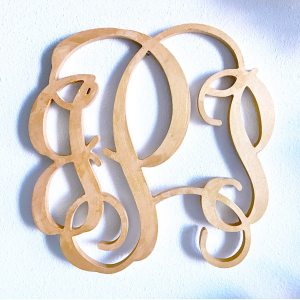How to decorate with a monogram for your wedding via diy wedding planning tips and ideas at sipbitego.com