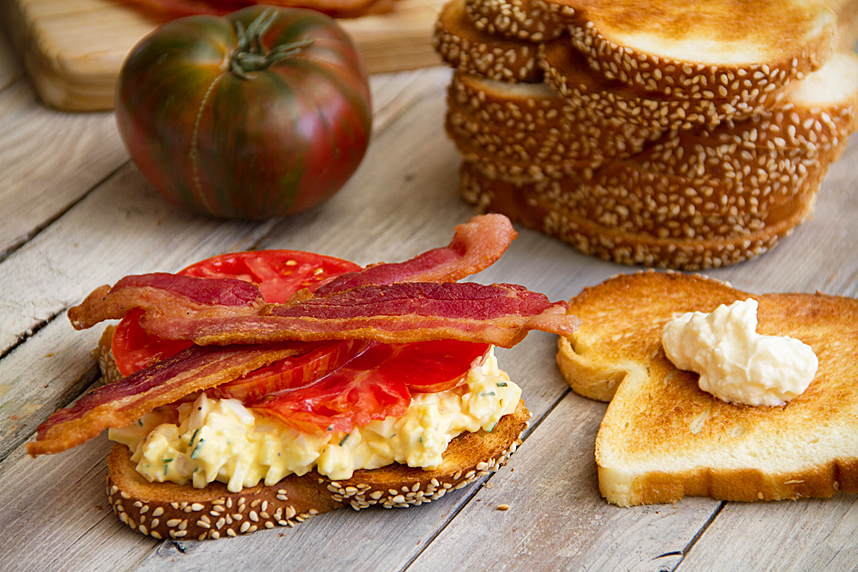 Tomato Sandwich with Egg Salad and Bacon