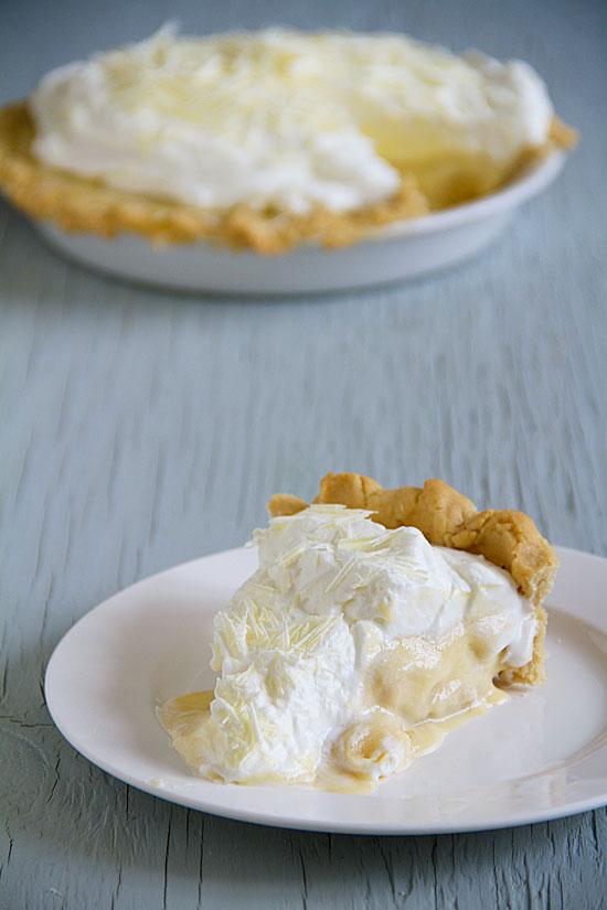 White Chocolate Banana Cream Pie with Sugar Cookie Crust