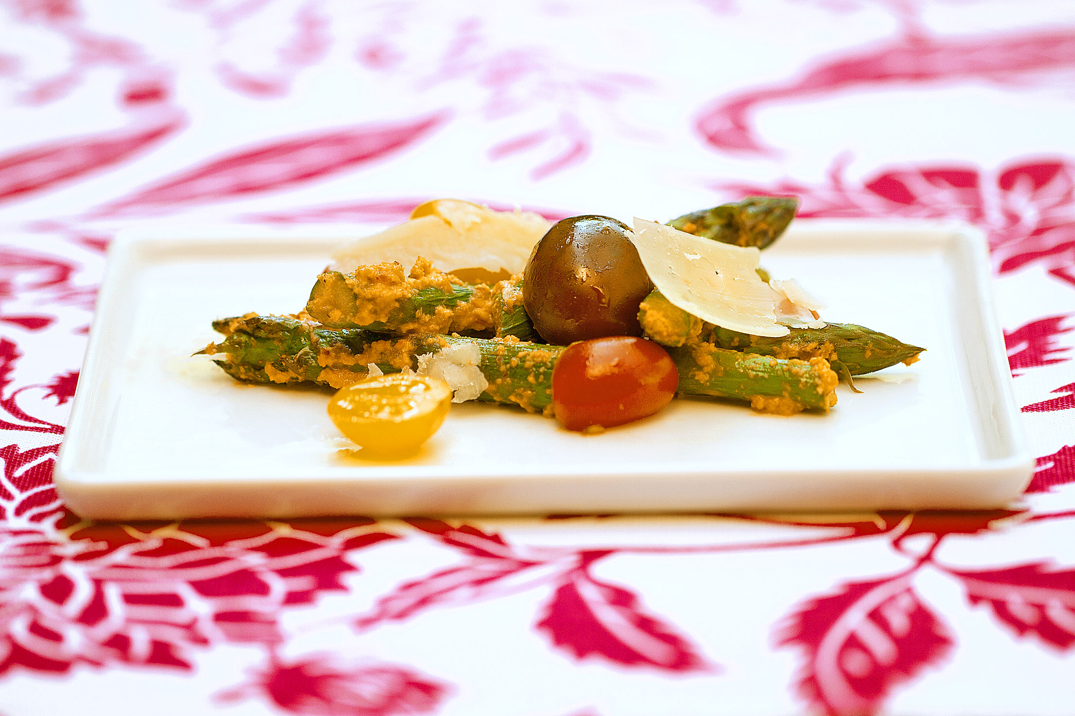 Roasted Asparagus with Tomato-Almond Pesto Trapanese