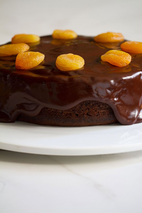 Chocolate-Apricot Cake with Chocolate Toffee Glaze