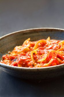 Curry-Tomato Relish