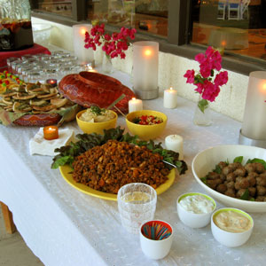 palm springs three-way appetizer table