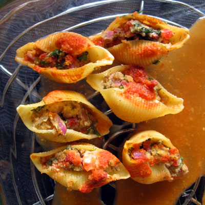 cioppino stuffed pasta shells