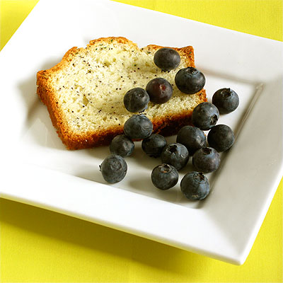 lemon poppy seed pound cake with blue berries