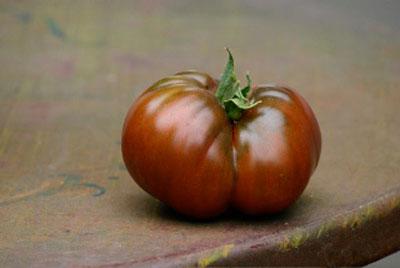beautiful tasty heirlomm tomato