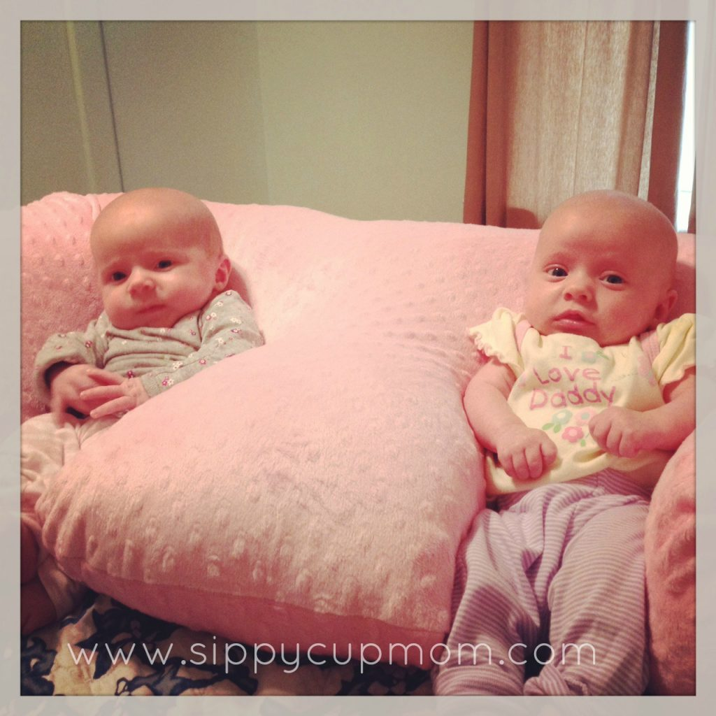 Playtime and Feeding with the Twin Z Pillow Giveaway
