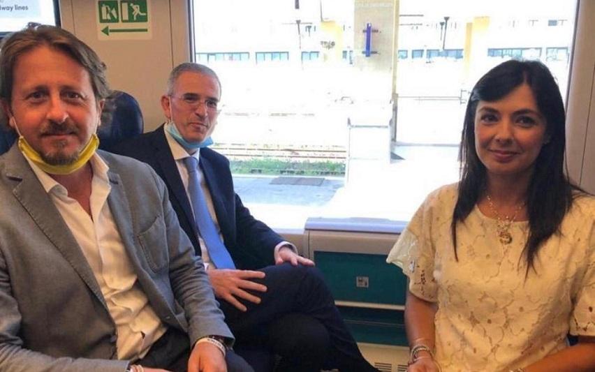 """Turismo, in treno alla scoperta delle bellezze del Val di Noto. Inaugurato  il """"Barocco Line"""" – siracusa2000.com"""