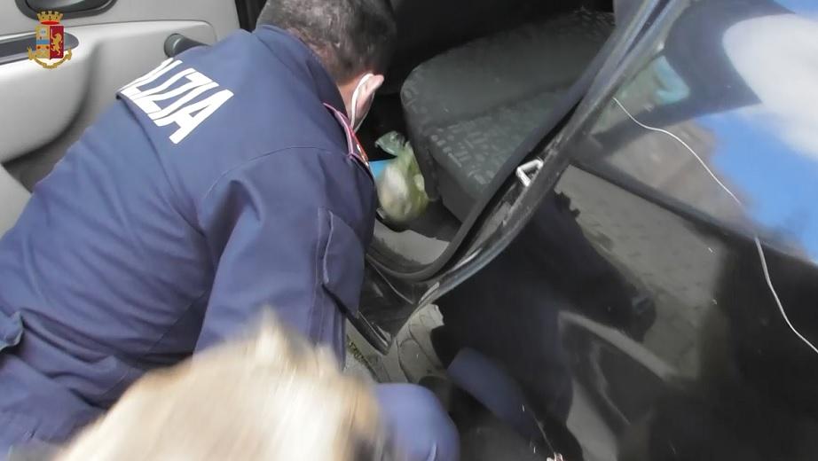 Siracusa. Operazione antidroga tra via Italia 103 e via Santi Amato,  arrestati due spacciatori – siracusa2000.com
