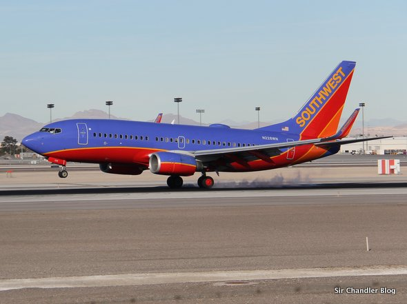 Abuso de aeropuertos en USA confunde a los pilotos