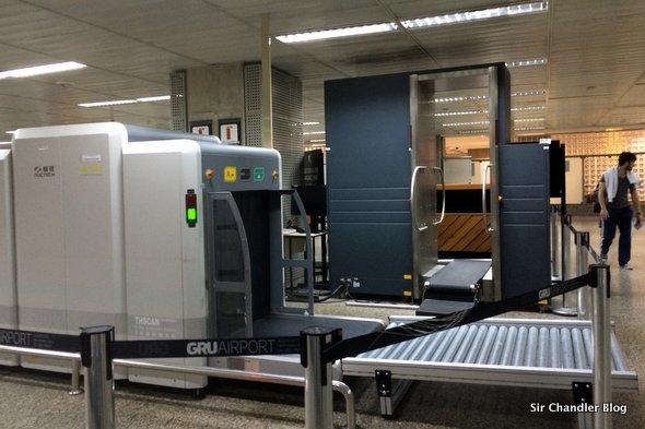 Así es el scanner humano de la aduana