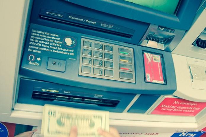 Transferirse dólares para sacar moneda en el país de destino