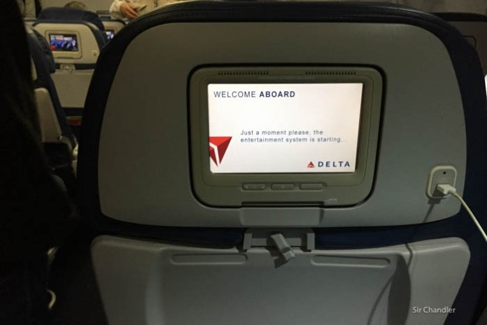El nuevo video de seguridad de Delta usa íconos de internet