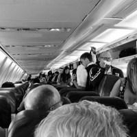 American Airlines y Delta limitan el uso de las valijas con batería de carga