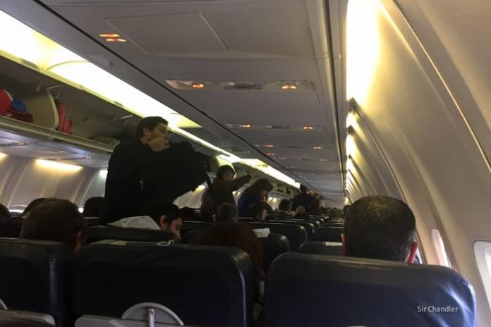 8-737-cabina-aerolineas