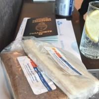 ¿Se puede subir con líquidos y comida al avión?