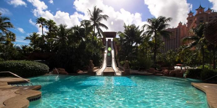 Los toboganes del hotel Atlantis de Bahamas