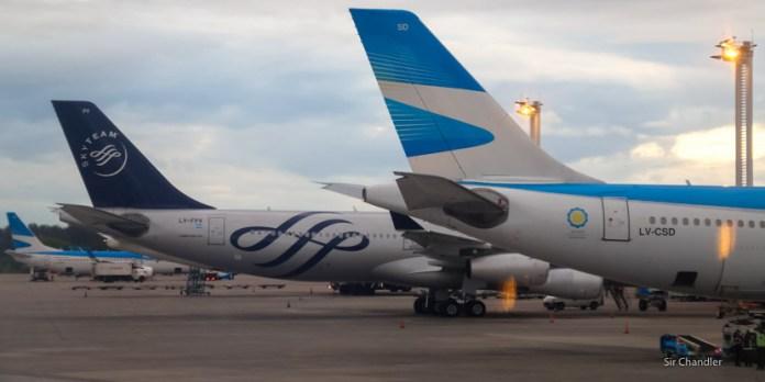 Aerolíneas Argentinas devolvió su anteúltimo Airbus 340 y busca dos 330