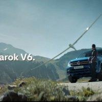 La publicidad de la Amarok y el planeador