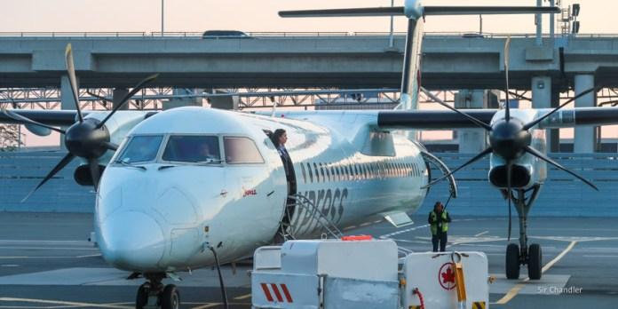 Vuelo entre Toronto y Quebec con un Dash 8 de Air Canada