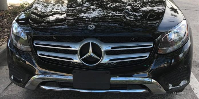 Manejando una Mercedes Benz GLC 300 de Sixt en Miami y Orlando