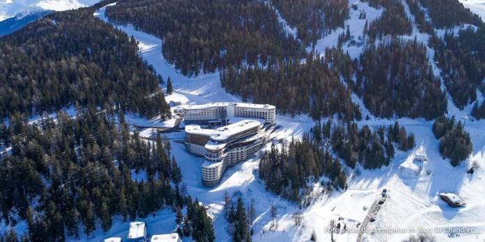 Último viaje largo del año: rumbo a los alpes franceses a inaugurar un Club Med