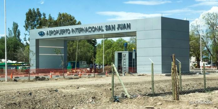 Cerrarán el aeropuerto de San Juan por dos meses