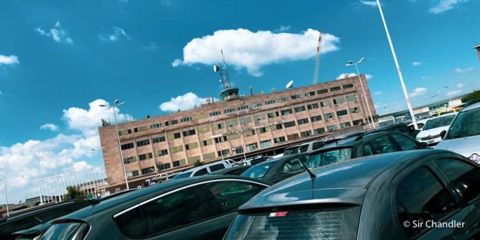 Se corta la promo de estacionamiento prolongado en Ezeiza por unos meses