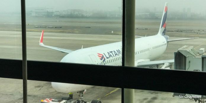 Latam levanta todo los vuelos del interior y solo volará desde Ezeiza a 3 ciudades