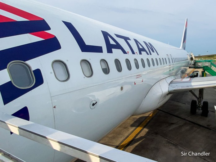 LATAM sigue demorando regresos a Rosario, Salta, Tucumán y Mendoza
