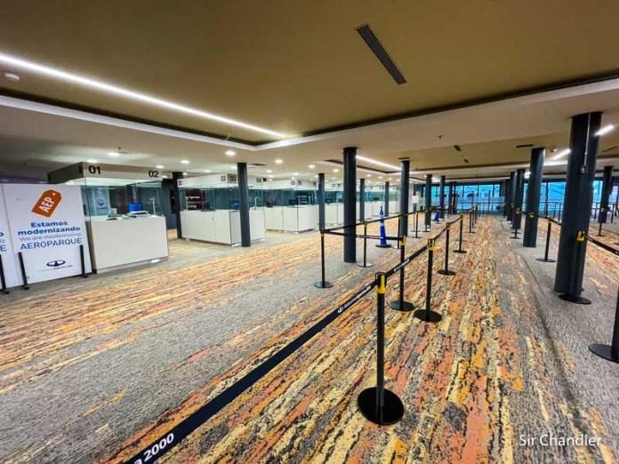 Recorrida por Aeroparque para ver las reformas y novedades del sector de pasajeros