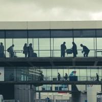 Tema varados por cupo de asientos en un vuelo ¿Cómo determinan las aerolíneas quien sube?
