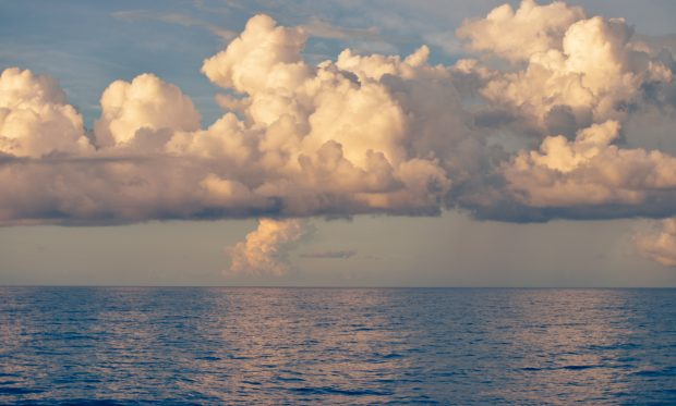 sea-sky-clouds-weather