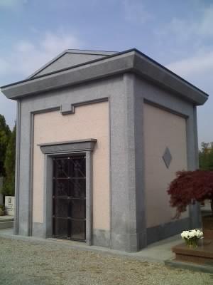 Cappelle e tombe di Famiglia  Realizzazioni