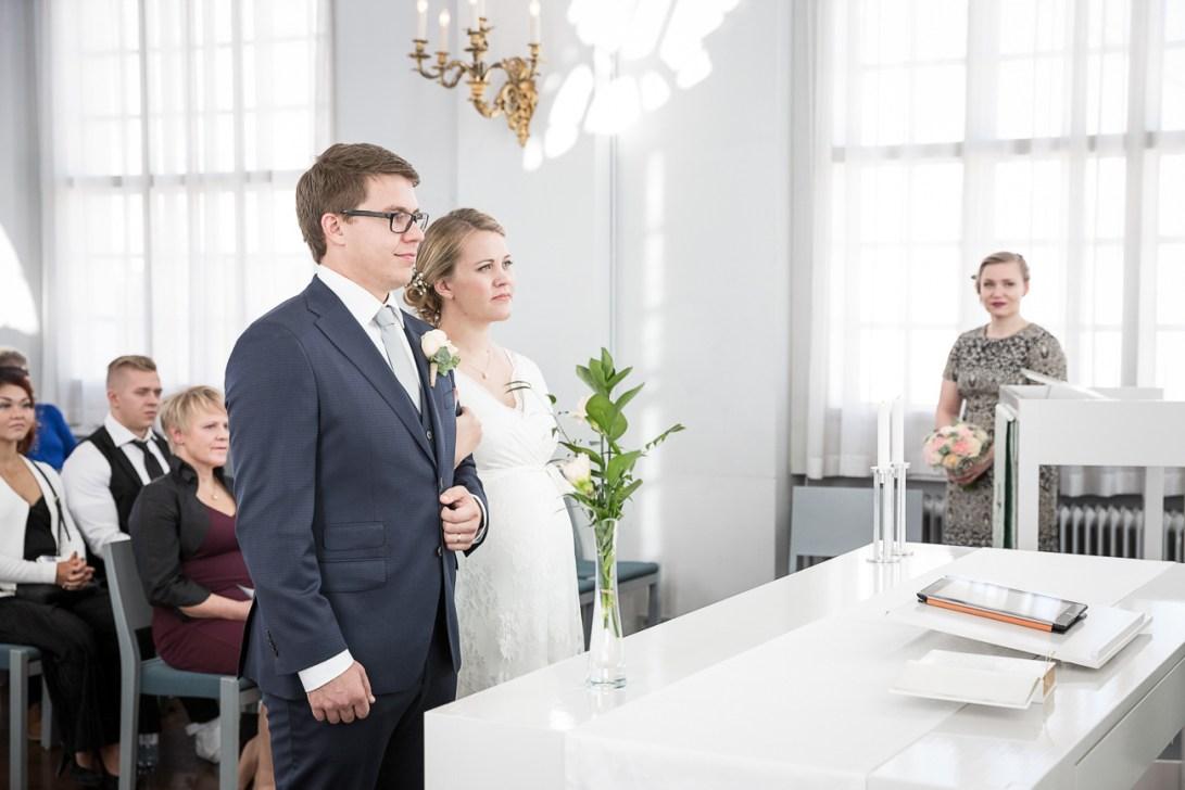 Hääparoi alttarilla, Tuomiokirkon kappeli