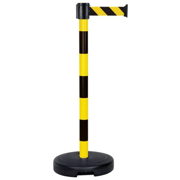 Postes de PVC con cinta retráctil y base rellenable