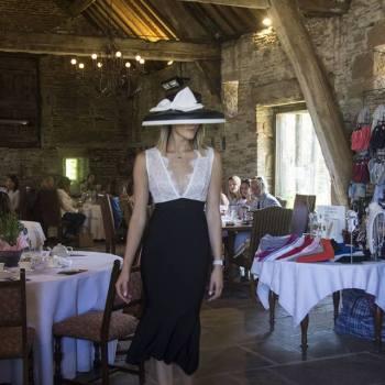 Sister Fashion Show: Occasionwear