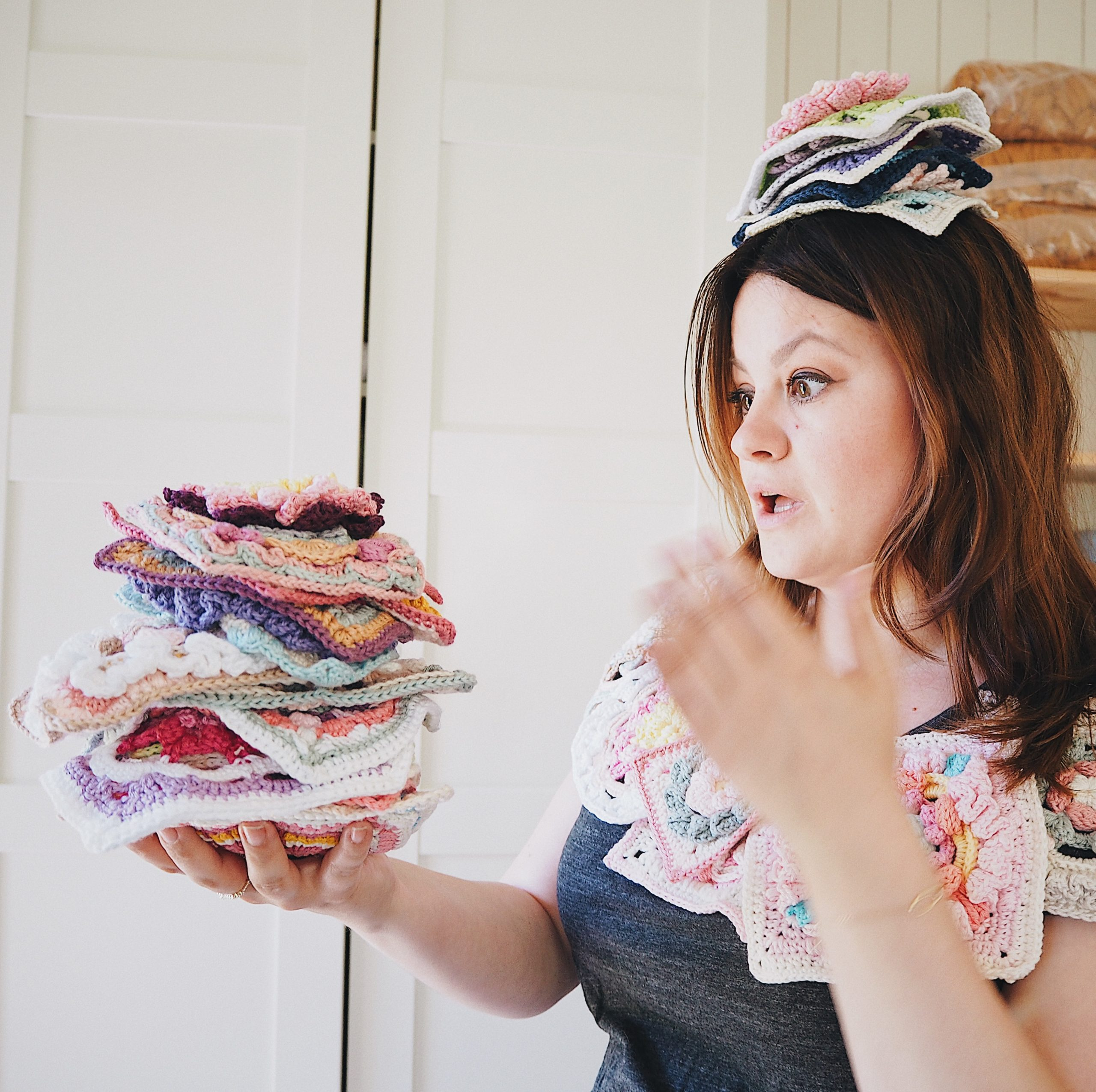 Romantic-Granny-Square-Therese-Eghult-SistersInStitch-The-Ultimate-Granny-Square-Sourcebook-Crochetedbytess