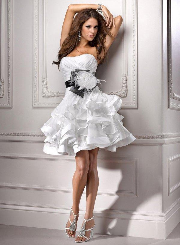 modelos de vestidos de noivas curtos