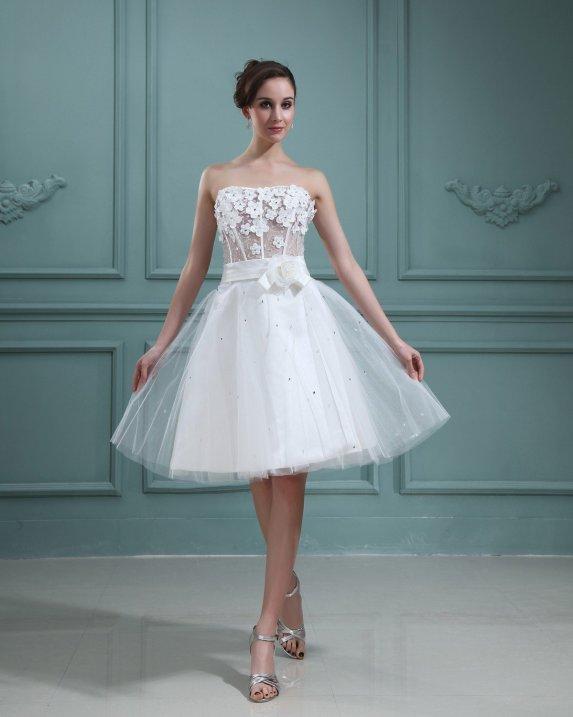 vestidos de noiva para o corpo no formato pêra
